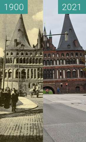 Before-and-after picture of Lübeck, Holstentor between 1900 and 2021-Sep-24