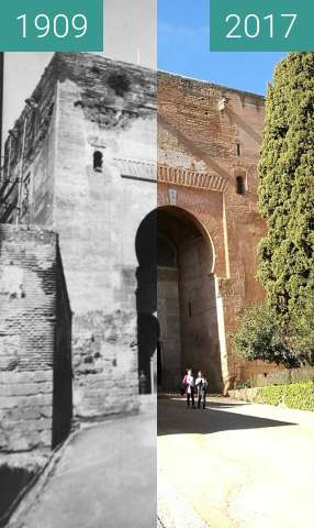 Before-and-after picture of Puerta de la Justicia at the Alhambra between 1909 and 2017-Jan-31