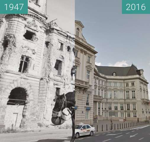 Before-and-after picture of Pałac Jabłonowskich w Warszawie between 1947 and 2016