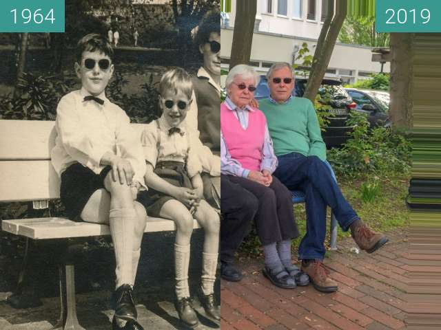 Before-and-after picture of Unsere Mutter mit ihren drei Söhnen between 1964 and 2019-Apr-28
