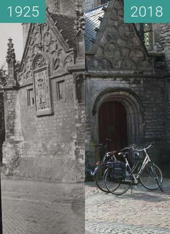 Before-and-after picture of Portal to the Great Church of  Alkmaar between 1925 and 2018-Feb-27