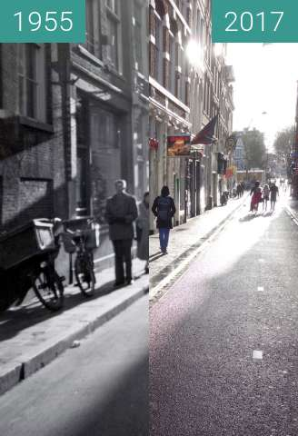 Before-and-after picture of Halvemaansteeg between 1955 and 2017-Dec-26