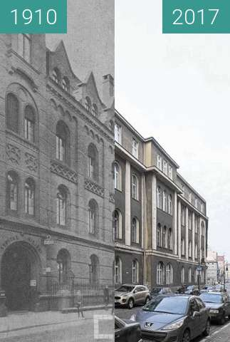 Before-and-after picture of Ulica Szkolna, szpital miejski between 1910 and 2017